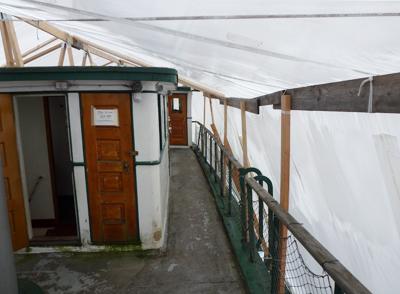 Arthur Foss interior under cover